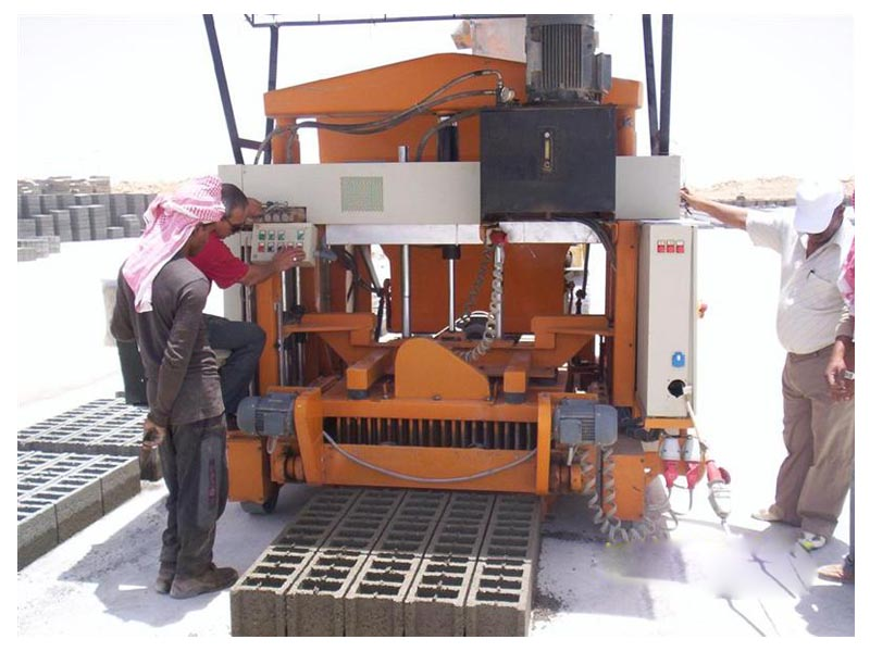 Mesin Pembuat Blok Telur Bertelur