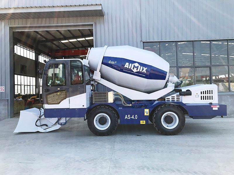 4.0 cub self loading concrete mixer