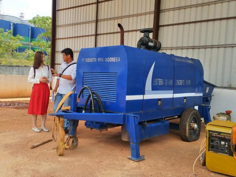 Pompa beton diesel AIMIX 50 di Batam Indonesia