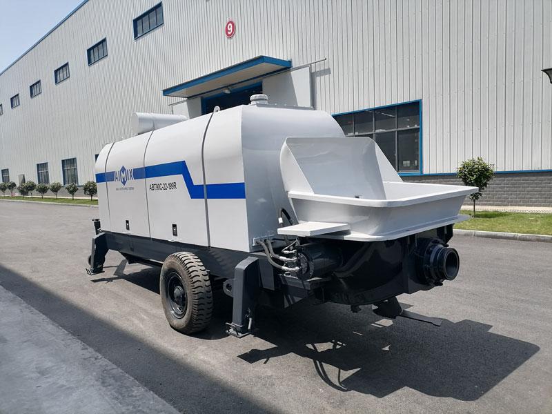 pompa beton trailer