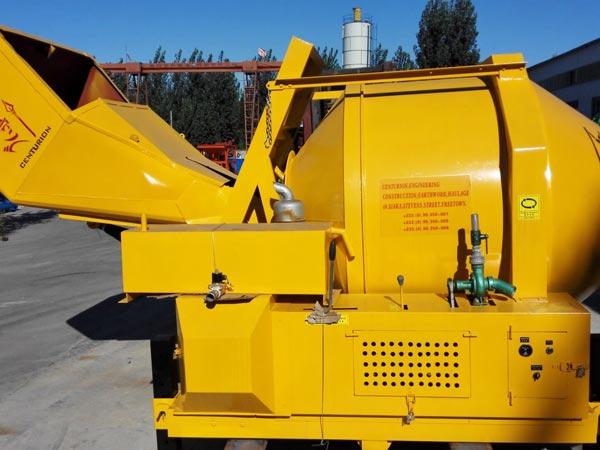 JZR500 diesel-cement mixers to Sierra Leone