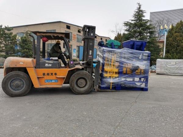 Aimix block machine sent to Bangladesh 3