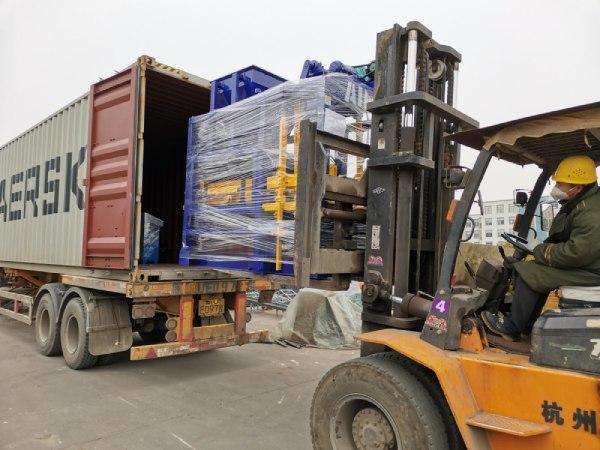 Aimix block machine sent to Bangladesh 4