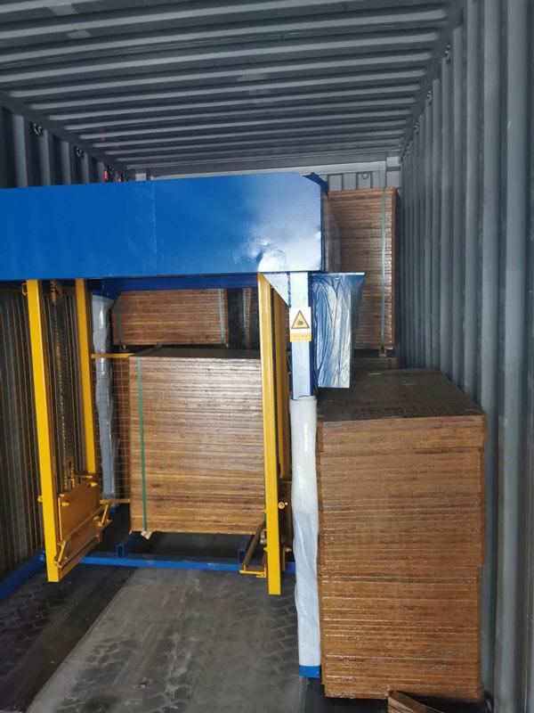 AIMIX concrete block machine sent to Jamaica 3