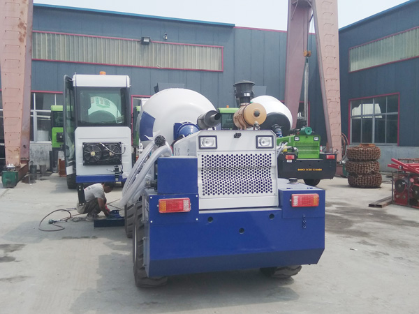 AIMIX 1.2cub self load concrete mixer sent to Malaysia