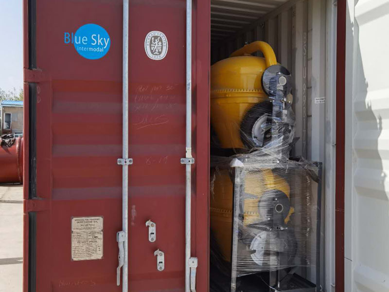 40 concrete mixer pump loaded
