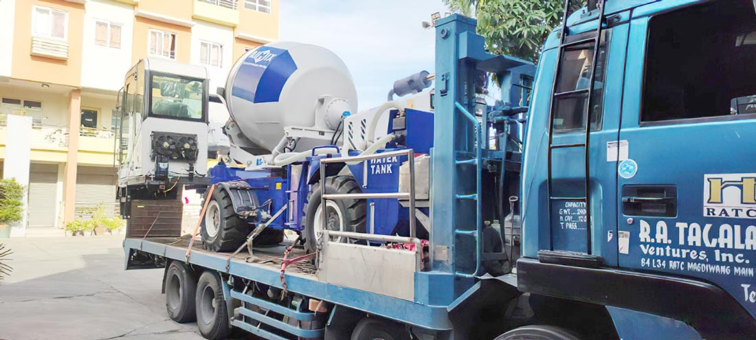 AS1.8 self loading mixer in the Philippines