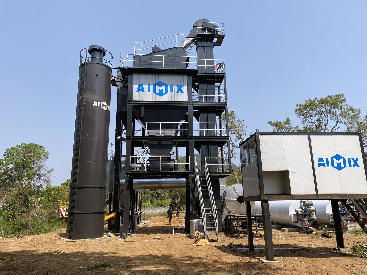 ALQ100 asphalt mixing plant in Sri Lanka
