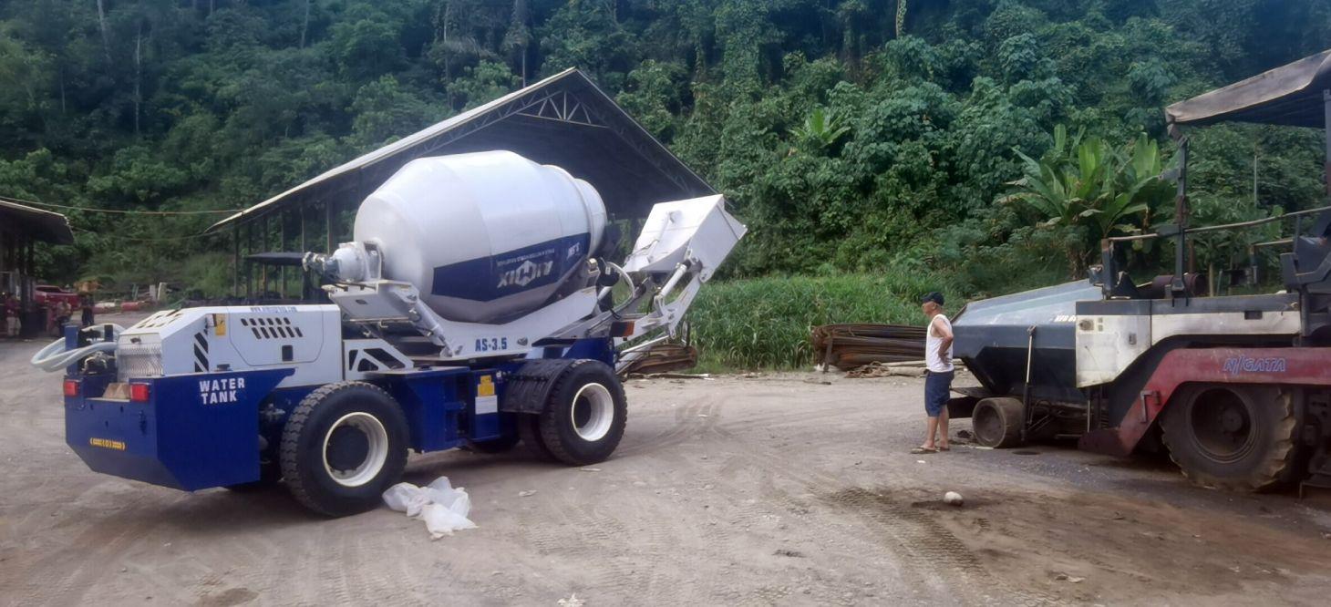 AIMIX 3.5 self loading mixer in Indonesia